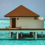 bungalow overwater maldive