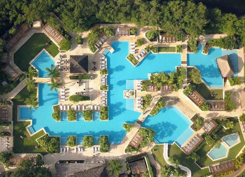resort di lusso piscine fronte mare messico