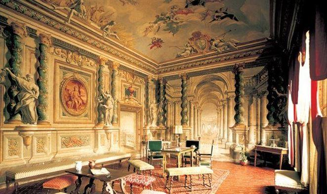 palazzo contucci montepulciano