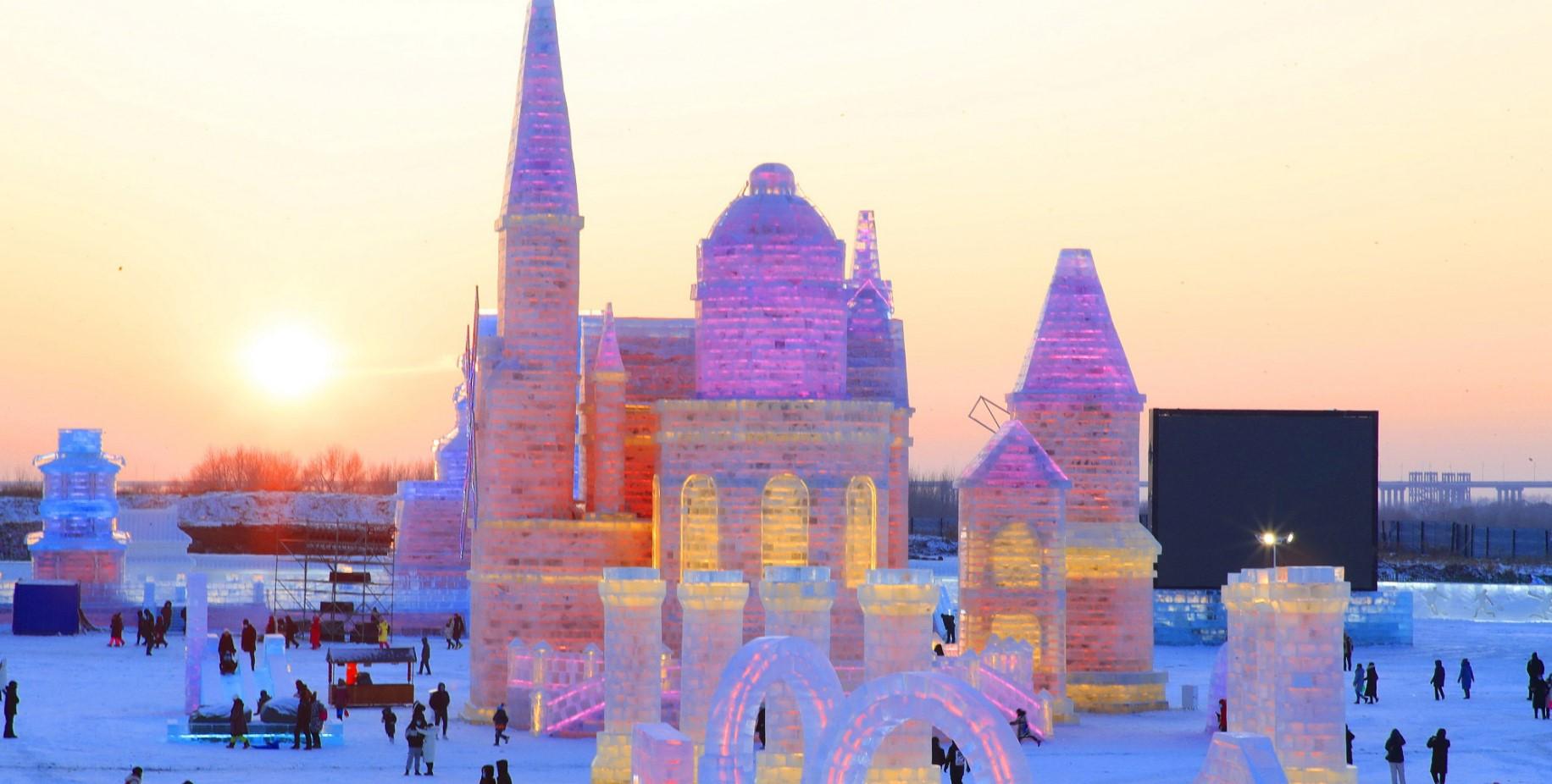sculture di ghiaccio in harbin